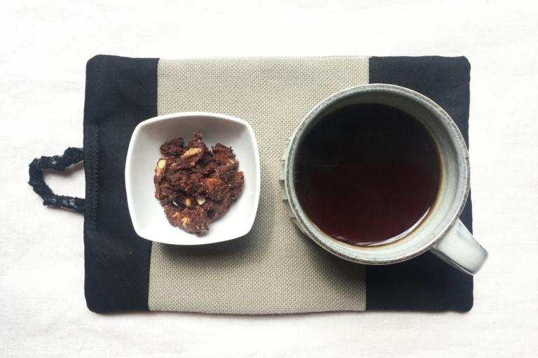 【レシピ】簡単マシュマロ・ナッツ・チョコレートの作り方