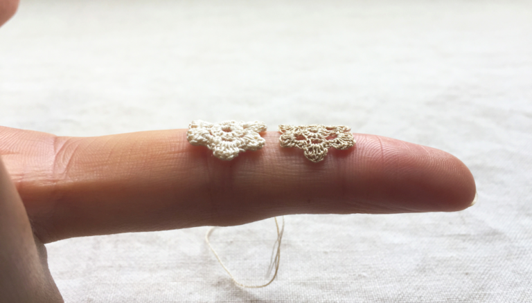 フジックスのタイヤー絹糸で、試し編み