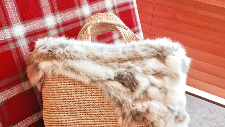 冬用ラフィアバッグの持ち手に、革を巻く