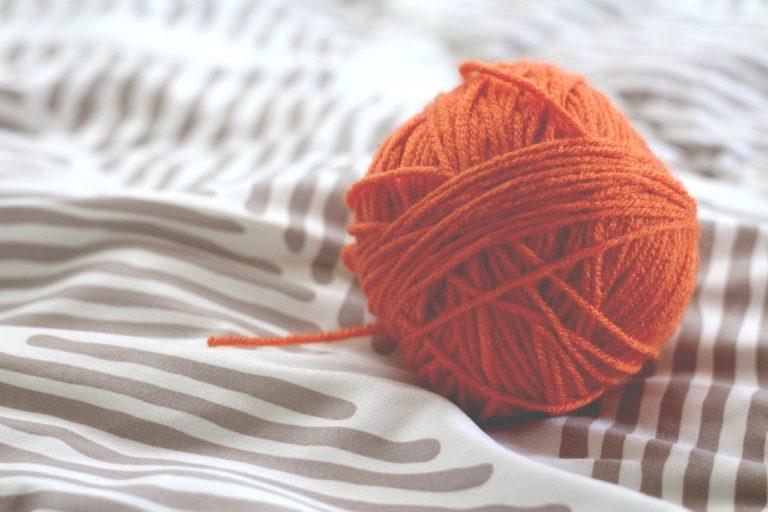 ほどいて編み直せるのが、編み物の良いところ