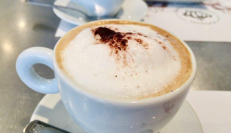 コーヒーの泡立てに「電動ミルクフォーマー」をオススメしない理由と、オススメ代用品