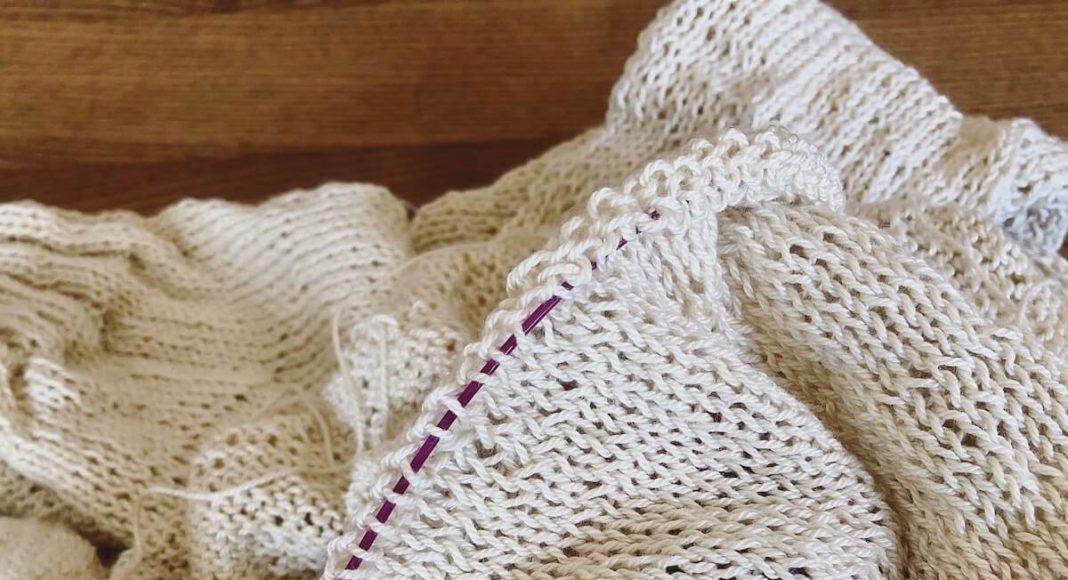 きれいなメリヤス編みを編むには、表目と裏目のバランスに気をつけよう