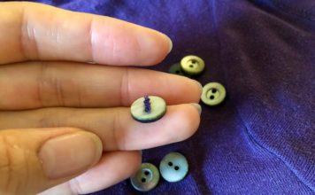 ボタンは、服を捨てる前に回収しよう - 良い服には良いボタンが付いてます -